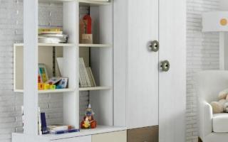 Tủ quần áo trẻ em bằng gỗ U22