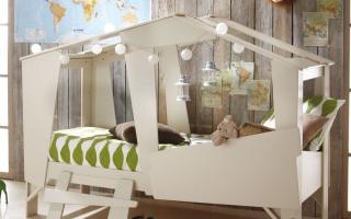 mẫu giường ngủ gỗ đẹp cho bé U8