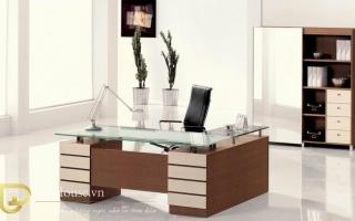 mẫu bàn làm việc văn phòng đẹp của giám đốc U33