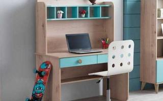 mẫu bàn học gỗ đẹp cho bé U2