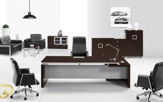 mẫu bàn làm việc văn phòng đẹp của giám đốc U18